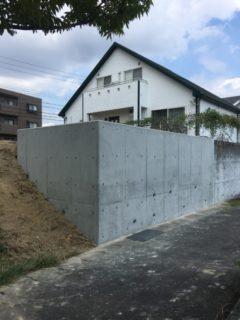 擁壁工事完了です。